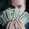 人はお金を見ただけでも「不誠実」で「利己的」になれる