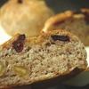 こねない生地で作るクルミとドライクランベリーの全粒粉パン