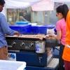 オーストラリアの選挙の投票率とソーセージパンを売る屋台のお手伝い
