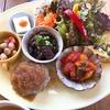 彩り豊かなワンプレートランチが人気のカフェ cafe hana(半田市)