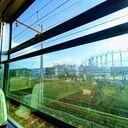 電車の窓全開時速100km走行の風が爽快です