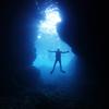 ♪幻想的なブルーに包まれて…♪〜沖縄那覇青の洞窟少人数ダイビングショップ〜
