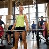 股関節、膝関節伸展モーメントの関連変数(パワートレーニングのための最適な負荷は、全身の発揮パワーを最大にする負荷であると強調してるが、股関節の発揮パワーを最大にする負荷でトレーニングするほうが効果が大きい)