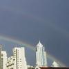 雨の中にダブルレインボー@バンコクの空