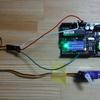 「VarSpeedServo.h」ライブラリを使って、サーボモータのスピードをコントロールします(∂, ∂🎀/