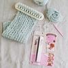 【セリア】編み機が売切続出!誰でも編み物ができちゃう商品!