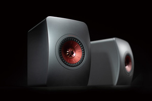 「KEF LS50 Wireless II」製品レビュー:MAT技術でドライバー背面の不要音を削減したワイアレス・スピーカー