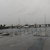 雨の日の三井アウトレットパーク