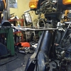 #バイク屋の日常 #スーパーカブ #切る #溶接 #ワンオフ #フロントキャリア
