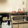 引っ越して1週間後のミニマムなキッチンの様子。