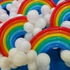 周年の装飾に虹のバルーンをお届けしました!