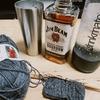 週末はハイボールと編み物