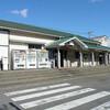 徳島線蔵本駅の白ポスト