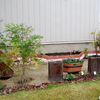 玄関デッキ西側の庭づくり