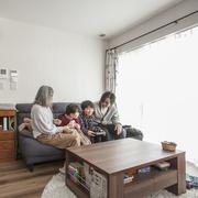インテリアや書斎への憧れを楽しみながらかなえた家