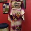 赤紫暈しに花の丸訪問着×桜色地梅刺繍名古屋帯