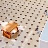 夏のあかるい浴室の匂いについて