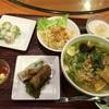 南区大岡の「ジャスミンパレスキッチン 横浜弘明寺店」で豚の角煮と揚げ茄子のフォーとアボカドの生春巻きのセット