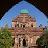 ミャンマーで ④ 外光が差し込むスラマニ寺院