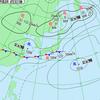 梅雨前線上を低気圧が東進