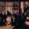 葛飾応為、北斎の娘にしてこの天性の感性「吉原格子先之図」と「春夜美人図」に見る光と影