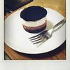 スターバックスの「チョコレートレイヤーケーキ」を食べました。