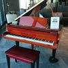 メズム東京のロビーピアノ