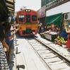 週末トリップ!サムットソンクラームでマングローブ植林 (メークローン市場で電車に乗る編)