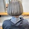 【白髪をぼかすハイライト】ブリーチを使ったデザインカラーでアンチエイジングヘア
