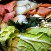 冬の生きやすさの話と、情報量が少ない食事としての鍋物の話