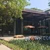 まるで別世界?カンボジア王道お洒落カフェ「Brown Coffee」で優雅な休日を