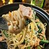 鮭と小松菜のバターしょうゆパスタ😘🍝🍴