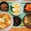 豆腐と玉葱のチリソース炒め