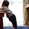 「階段を上る者、階段を下りる者」~子どもの成長と年寄りの老い