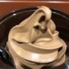 新宿で濃厚なチョコレートソフトクリームを食べるならここ!「MR.waffle」
