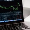 なんで日本株は上がらないか?