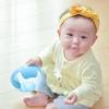 早くもつかまり立ちデビュー!1ヶ月でこんなに変わる生後8ヶ月の赤ちゃん成長記録
