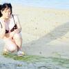 沖縄、志喜屋海浜その3。ビキニに着替えてみた。そして帰宅