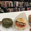 【健康】神保町にあるブックカフェで米粉パンバーガーと米粉蒸しパンを食べてみた〜感想〜