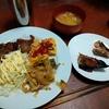 幸運な病のレシピ( 2251 )朝 :スパニッシュオムレツ、鮭、サワラ味噌みりん、パイコー、鶏皮、味噌汁