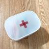 無印良品の綿棒ケースで冷蔵庫に小さな薬箱。