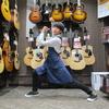 初めてのアコースティックギター選びはココを見よう!