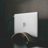 【初心者向け】MacBook Proのデスクトップ化(クラムシェルモード)のために必要なガジェット。