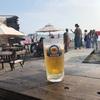 大人の週末贅沢ぷちトリップ。夏は逗子海岸の海の家でおいしいビール。エネルギーチャージ