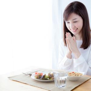 【初心者向け】糖質制限ダイエット基本の食事方法とは