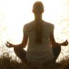 マインドフルネスとは?瞑想とマインドフルネス瞑想の違いを簡単に解説