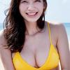 """小倉優香【B87 Gカップ""""リアル峰不二子""""の水着画像】(13)"""