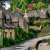 はちみつ色の可愛い家が建ち並び「英国で最も美しい村」があるコッツウォルズ地方