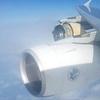 エアーフランスのA380が大西洋上にエンジンの一部を失う