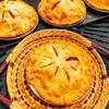 焼きたてアップルパイとフィナンシェが人気な営業日でした!